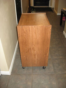 Small table for sale Cambridge Kitchener Area image 3