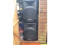 Pair of powered speakers