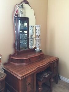 Vanity Dressing Table Antique