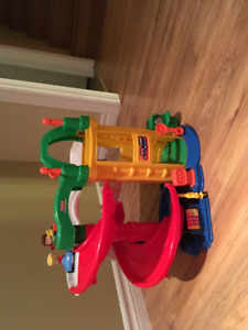 LIttle People Car Ramp and elevator