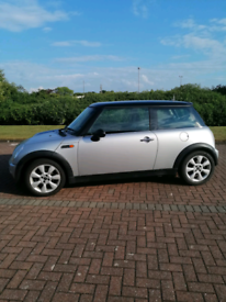 Silver and Black Roof Mini Cooper