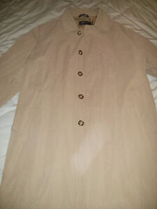 Mens Overcoat / Trench coat size 40S (NEVER WORN)