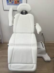 Massage/Physio/Beauty Salon Full Electric chair/table for sale