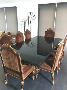 Beautifull Large dinning Grennite table with 8 chairs
