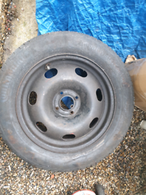 4 studs wheel with tyre