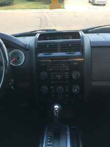 2008 ford escape limited AWD/Remote Starter
