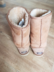 c7308a8a52d Ugg boots for Sale in Norfolk | Women's Boots | Gumtree