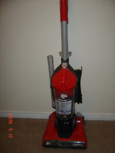 Dirt Devil Vacuum (only used 3 times)