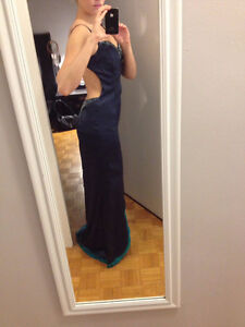 Full length, open back, hand beaded gown. Kitchener / Waterloo Kitchener Area image 6