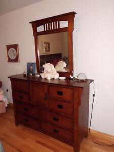 Solid wood bedroom suite Peterborough Peterborough Area image 3