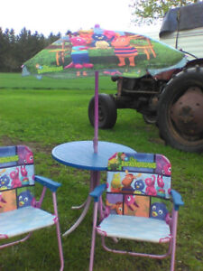 childrens outdoor table and chairs