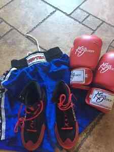 KIDS BOXING SET/ ALMOST NEW..