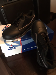 Curling Shoes (Women's Tournament Brand)