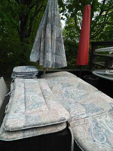 Parasol et coussin pour set patio
