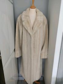 Ladies Faux-fur Coat