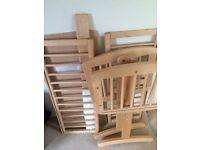 Swinging crib and crib bale
