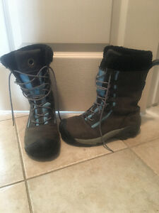 Keen Size 8 woman's winter boot