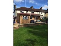 Lovely 3 DOUBLE bedroom modern flat to rent in Hanwell with garden.