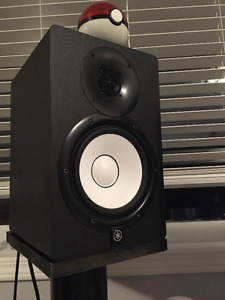 Yamaha HS7 Studio Monitors w/ Audio Interface and free stands