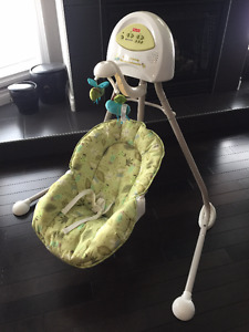Fisher Price Cradle 'n Swing - Bugs Theme
