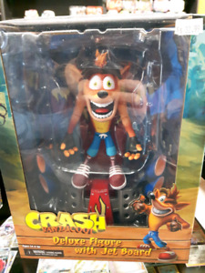 play stations crash bandicoot figurine