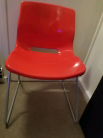 Red Chairs, dismantable (Battersea)