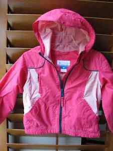 2 Columbia jackets for 4/5 years old