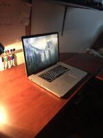 """Apple MacBook Pro (17"""")"""