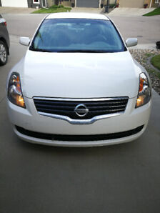 2009 Nissan Altima 2.5S w LOW KMs