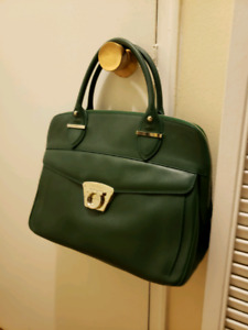SALVATORE FERRAGAMO GREEN EMBOSSED LEATHER  Satchel bag