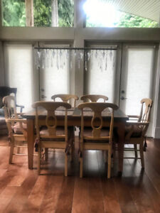SOLID PINE TWO-TONE TAPERED LEG ELEGANT DINING TABLE - $900 (Ea