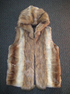 MENS FAUX FUR HOODED VEST SMALL/SLIM MEDIUM COOL UNIQUE