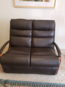 Lazyboy 2 seater 1 seater lounge