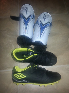 Boys Size 1 Soccer Cleats and Shin Pads