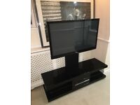 TV RACK WITH MOUNT