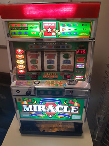 Functional coin operated slot machine