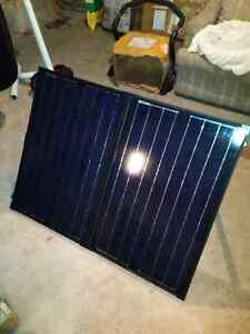 120W FOLDING SOLAR PANEL KIT Regina Regina Area image 1