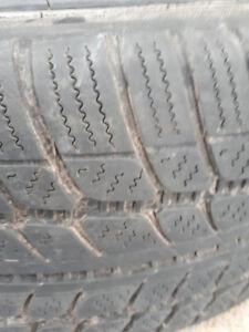 R18 225-40 WINTER TIRE