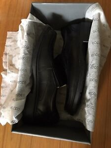 Brand new in box ECCO shoes size 7-7.5 (EUR 41) West Island Greater Montréal image 4