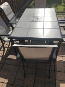 Patio Table Set & BBQ Machine (Moving Sale!!)