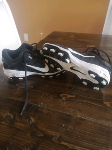 Womans nike cleats.