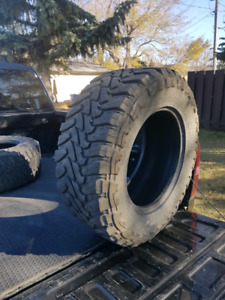 2 Toyo open country m/t 33x12.5r18