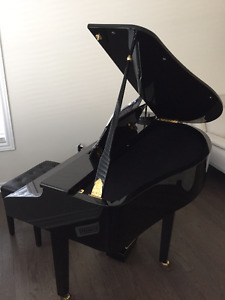 MOVING - ROLAND KR-111 BABY GRAND PIANO