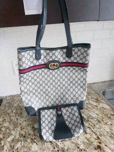 AUTHENTIC GUCCI LARGE TOTE BAG MATCHING CLUTCH supreme $900
