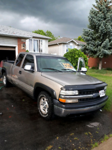 2000 Chevy 1500 2wd pick up 4.8 L v8