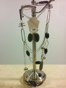 Fashion Jewellery Necklace and Earring Sets, 17 Left