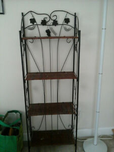 Adorable Wicker and Wire Shelf!