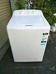 Simpson top loader washing machine 7.5kg.