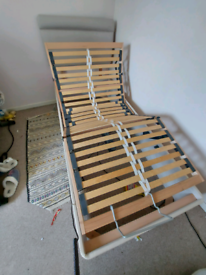 Electric bed excellent condition