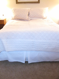 Quilted cotton bedspread  - Queen size